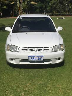 2000 Hyundai Accent Hatchback - Great first car! Nedlands Nedlands Area Preview