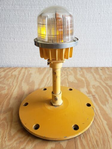 Rare Double Globe Taxiway Lamp Airport Runway Light Plane Helicopter Mancave #11
