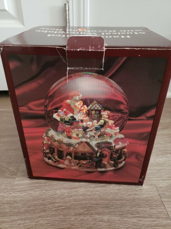 Musical Water globe With Revolving Base Santa Claus Coming to Town Christmas