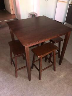 High table and 4 chairs