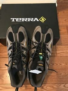 Brand new Terra safety shoes Men's size 10.5