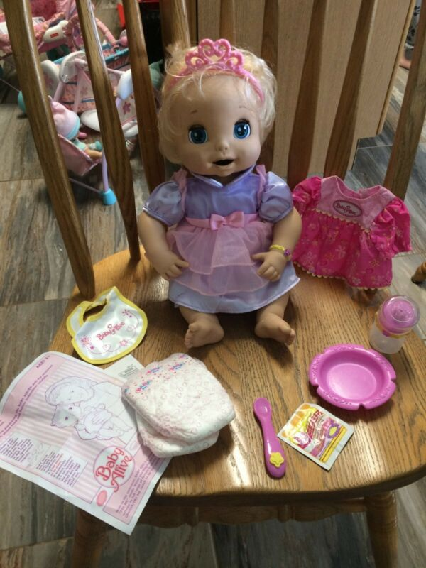Baby Alive 2006 Soft Face Doll - Original Accessories and Food Packet Included!