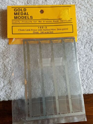 N Gold Medal Models 160-2 Chain Link Fence w/Barbed Wire   NIP