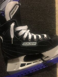 Bauer Skates Size 5 Youth
