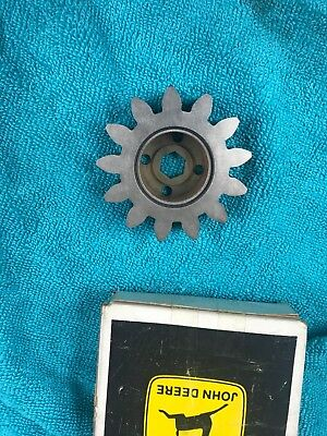 New Old Stock John Deere Gear Re573183 Original Ar78652