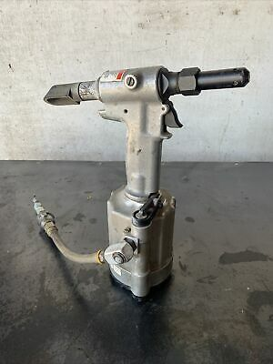Nice Huck Alcoa 202 Riveter Aircraft Tool Peterbilt Tractor Trailer Repair Tool