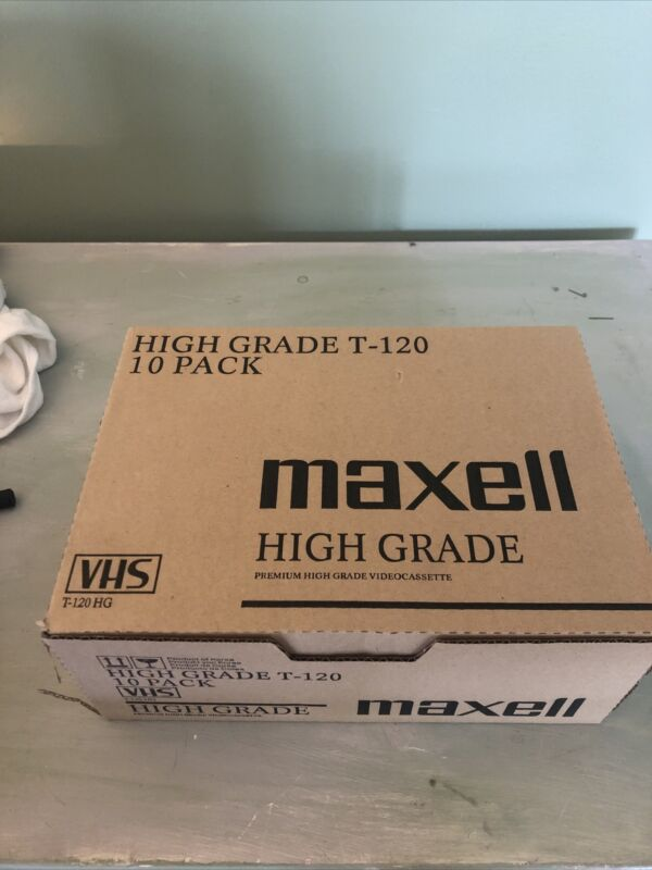 Lot of 20 Maxell T-120 Standard Grade 6 Hour Blank VHS Video Tapes  NEW Sealed
