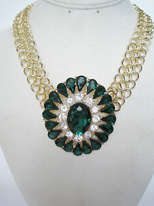 costume jewelry emerald green and gold fashion statement