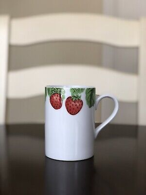 William Sonoma Berry Collection Strawberries White Mug Made in Japan William Sonoma Collection