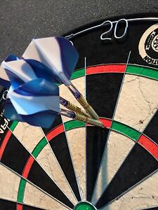 Chizzy Gold and Pixel darts (2 sets)