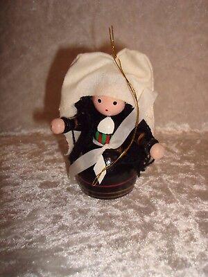 Nun/Sister Wood Christmas Ornament