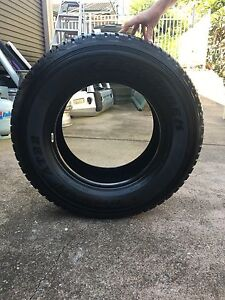 BRAND NEW Dunlop Grandtrek 285-65-R17 tyre Edgeworth Lake Macquarie Area Preview