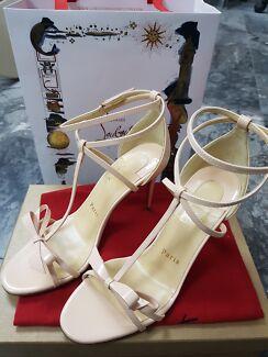 Authentic Christian Louboutin Blakissima Heels 85mm size 37 NEW