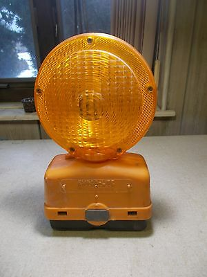 Empco-lite Model 400 With Battery Emergency Barricade Construction Safety Light