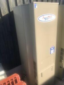 Aquamax 390 gas hot water unit