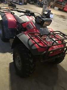 91 Honda 4x4 Fourtrax ATV 2900$