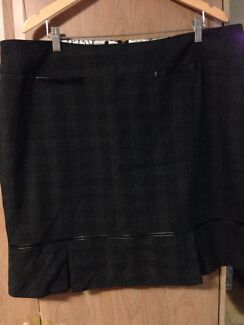 Ladies Work Skirt Size 22 Casula Liverpool Area Preview