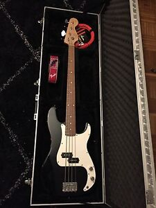Fender squier precision bass Dulwich Hill Marrickville Area Preview