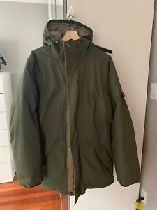 Large Men's Columbia Parka Winter Jacket