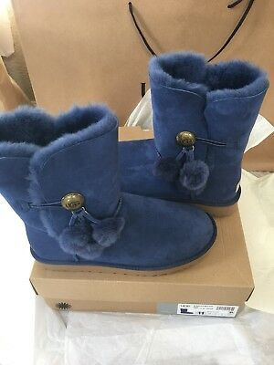 W UGG BAILEY BUTTON PUFF DARK DENIM SUEDE SHEEPSKIN BOOTS SIZE 11 US ORIGINAL!!!