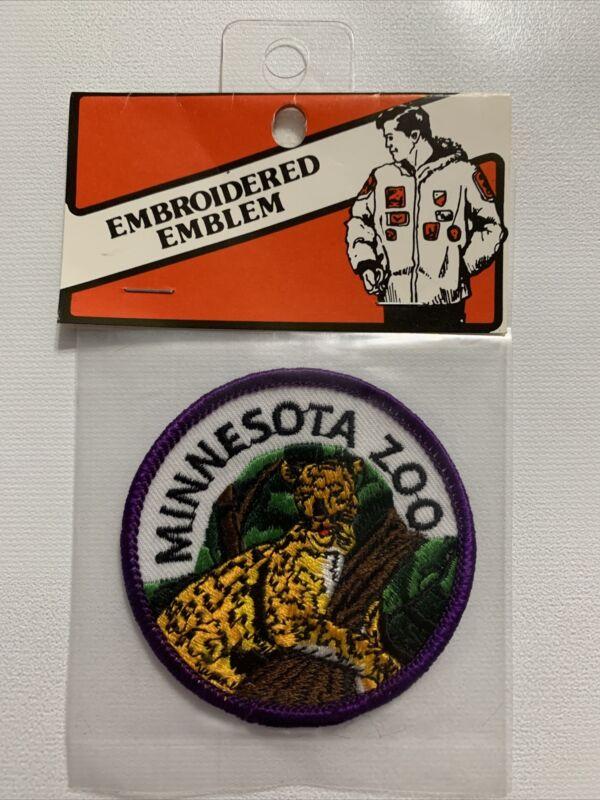 Minnesota Zoo Patch MN Souvenir Travel Badge Vtg Round Big Cat Leopard Cheetah