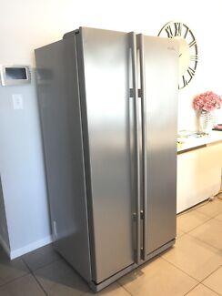 Samsung fridge freezer refrigerator