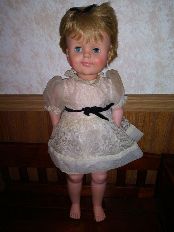 """Vintage 1964 Lorrie 23"""" Doll"""
