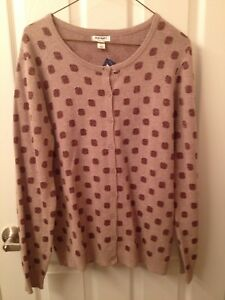 BRAND NEW WITH TAGS - Women's cardigan sweater