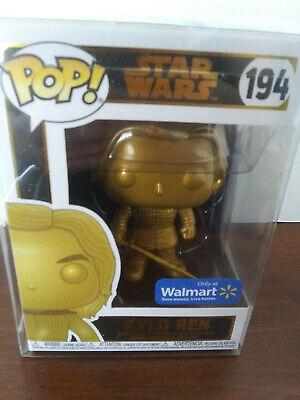 **NEW** Kylo Ren w PROTECTOR Gold Star Wars Walmart Exclusive Pop #194