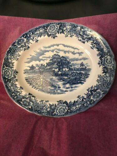 English Village Olde Staffordshire Collectible Plate-MINT