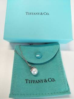 Tiffany & Co Heart Cap Pearl Sterling Silver Pendant and Chain