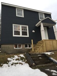 3 Bedroom Detached Home in fantastic Dartmouth Location!
