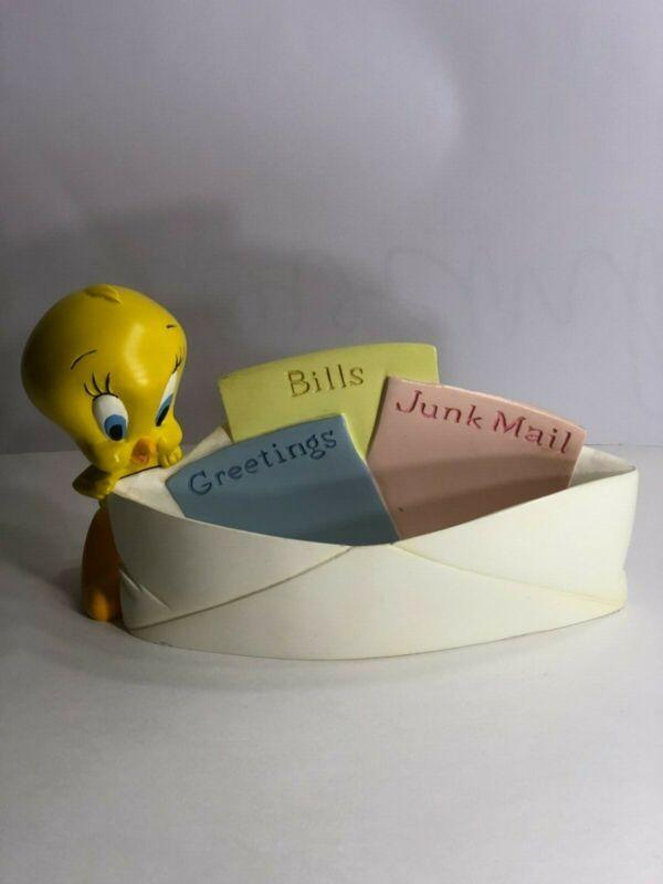 Tweety Bird Warner Brothers Studio Store 2000 Mail Holder