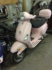 ****NEW PRICE****2007 Vespa. Only 800kms.