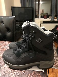 COLUMBIA WINTER BOOTS  For Men