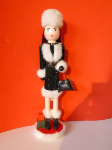 """HOLIDAY LADY SHOPPER NUTCRACKER WITH WHITE FUR HAT-15"""""""
