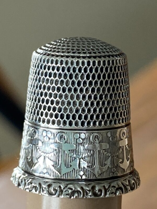 Size 10 Sterling Silver Thimble Marie from Mom Anchors Nautical 3.2 g (21-4)