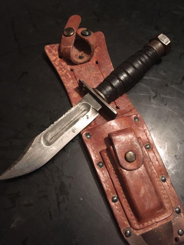 Vintage CAMILLUS 1967 pilot combat survival knife + sheath (worn)