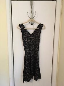 Jacob Ladies Size 3-4 Silk Patterned Dress
