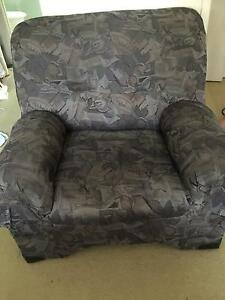 2 x single seat armchairs Coombabah Gold Coast North Preview