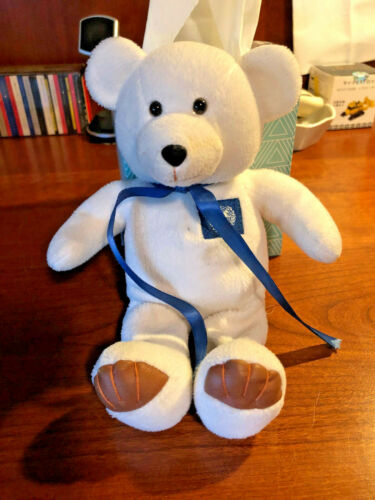 UNITED NATIONS 1999 LIMITED EDITION WHITE HUMANITY BEAR  WITH TAG