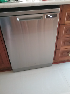 Fisher & Paykel Dishwasher as new purchased on 9.11.2017 $785