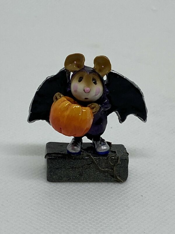 Wee Forest Folk Is That All?  Halloween Annette Peterson 2003