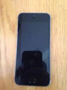 Selling iPhone 5s! 100$