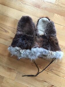 Genuine  beaver  mitts like new