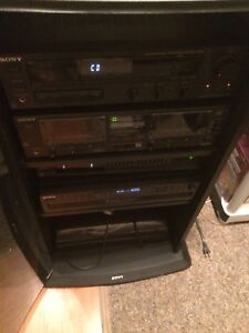 Complete Stereo Sony. 9 piece unit