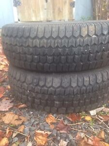 Two like new winter tires 195/70r14 asking $100