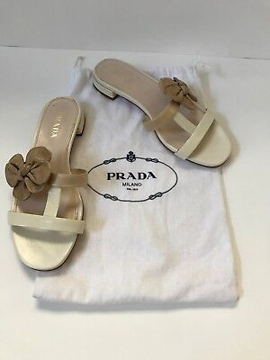 - PRADA Cream white/beige Leather Sandals with flower accent - size 37