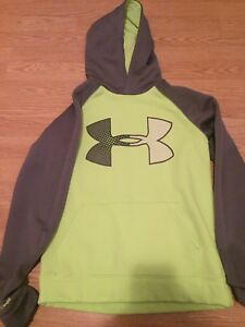 Under Armour hoodies Boys size youth Large