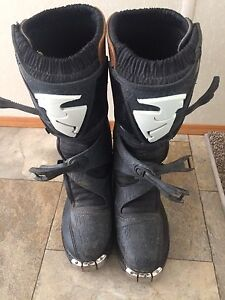 Thor motor cross boots size 10